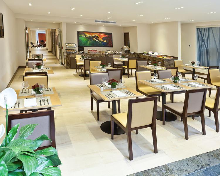 Comedor Hotel ESTELAR Calle 100 Bogotá